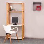 Biblioteca con escritorio