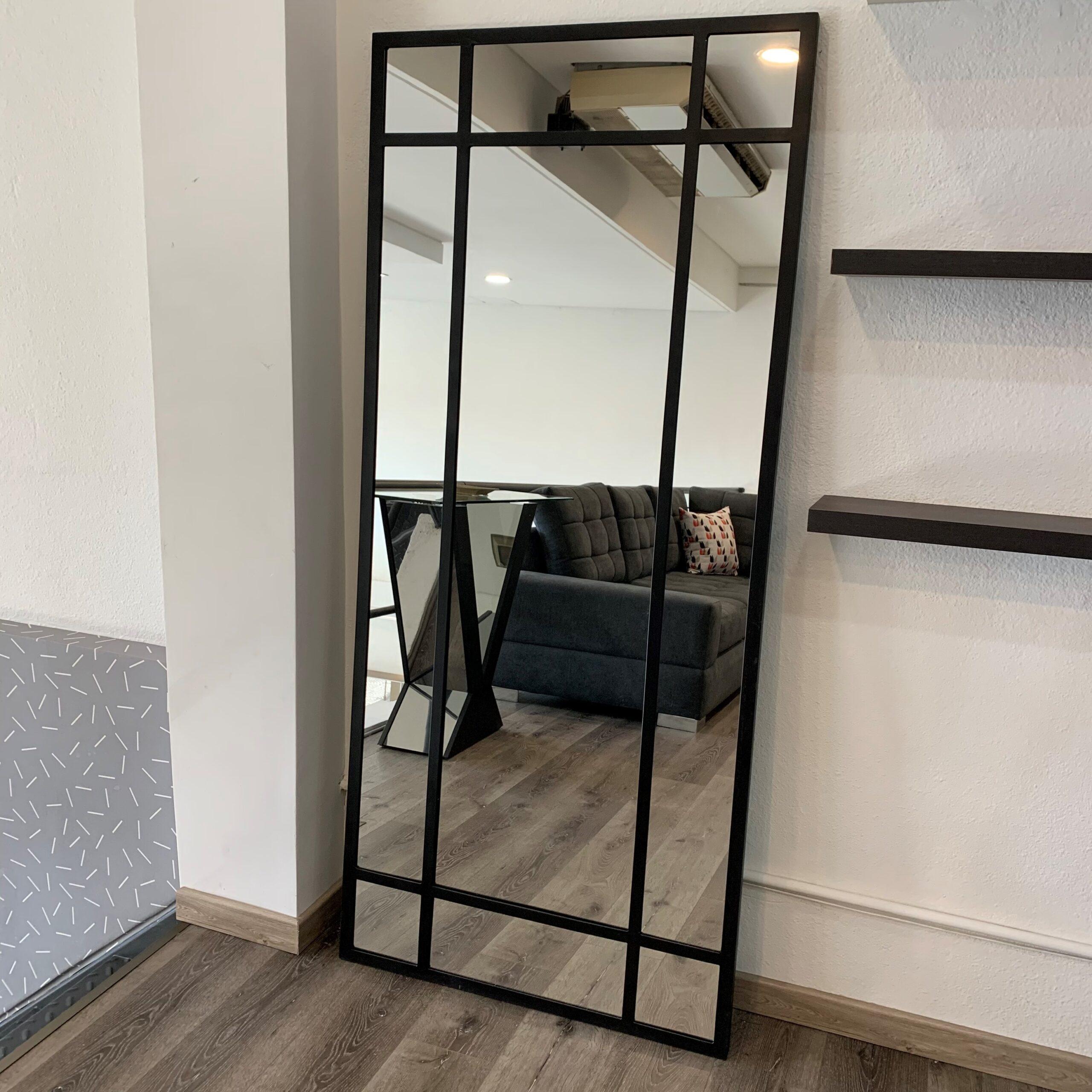 Espejo de Hierro